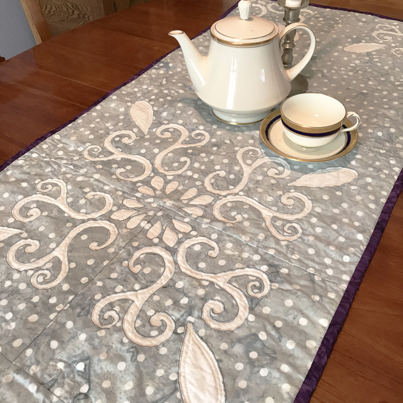 """Chantilly Lace table runner XIV (20"""" x 60"""")"""