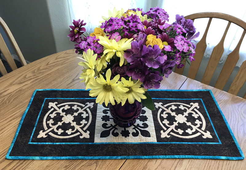 Yorkshire Pudding     table runner .