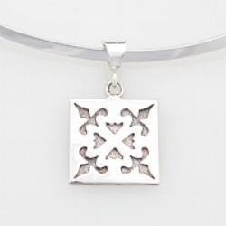 Medium Spring Love pendant.