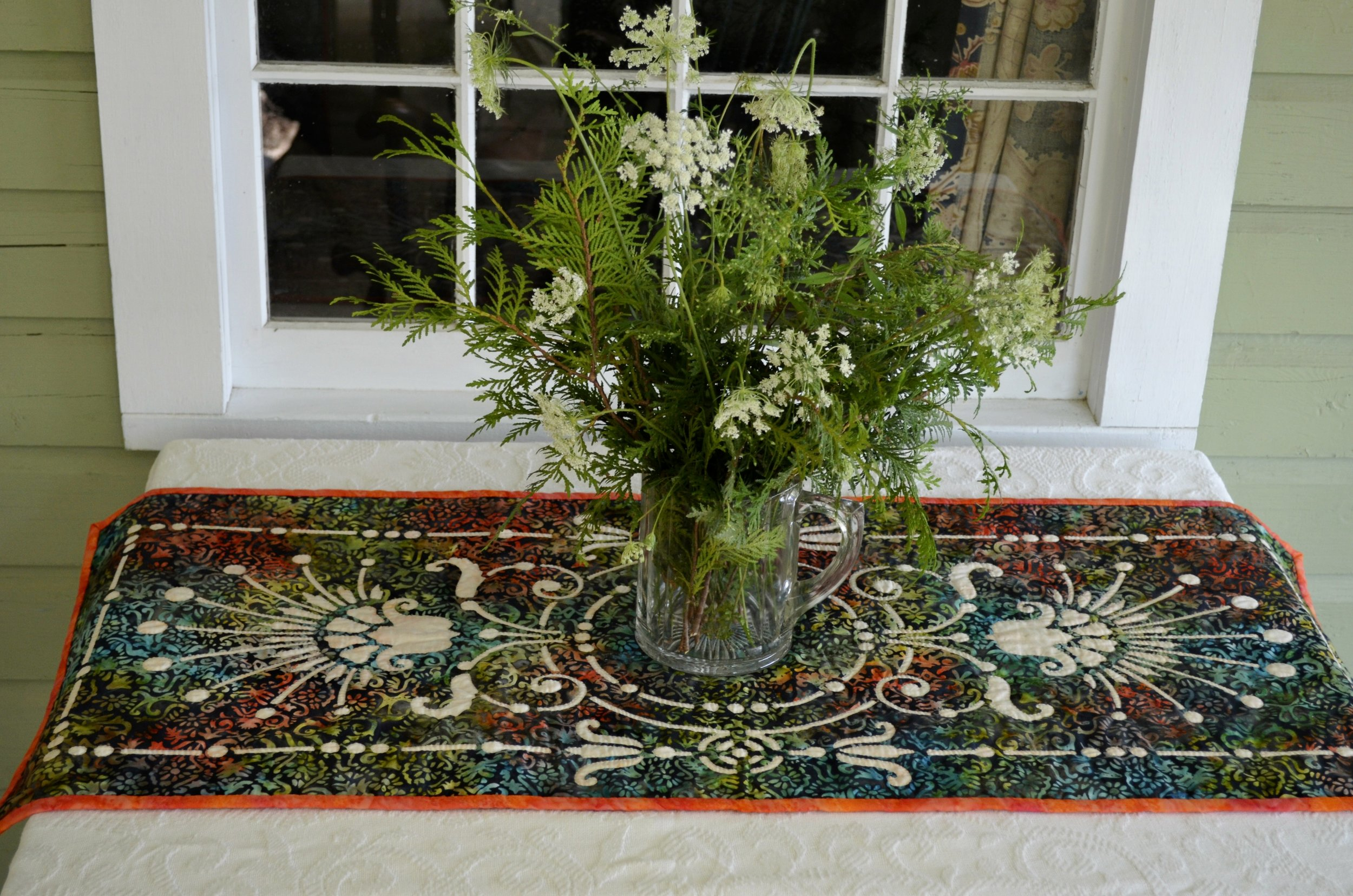 "Victorian Urn table runner I   (18"" x 42"") for Hand reverse applique."