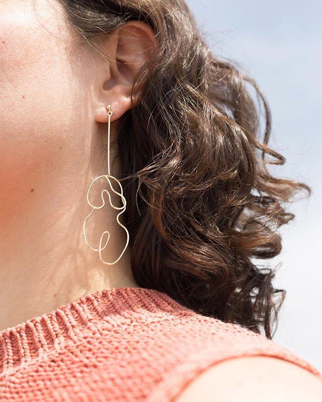 Curvy curly ➿