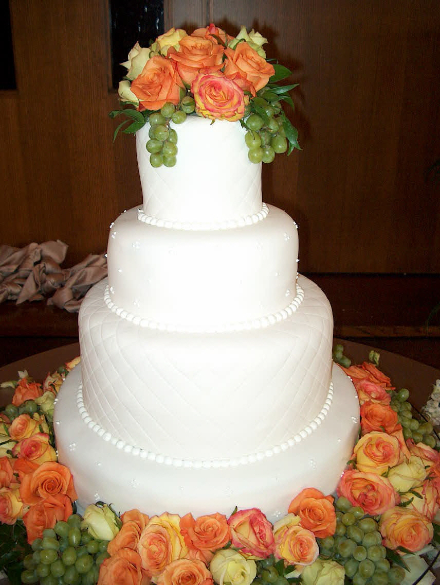 Wedding Cakes - 038.jpg