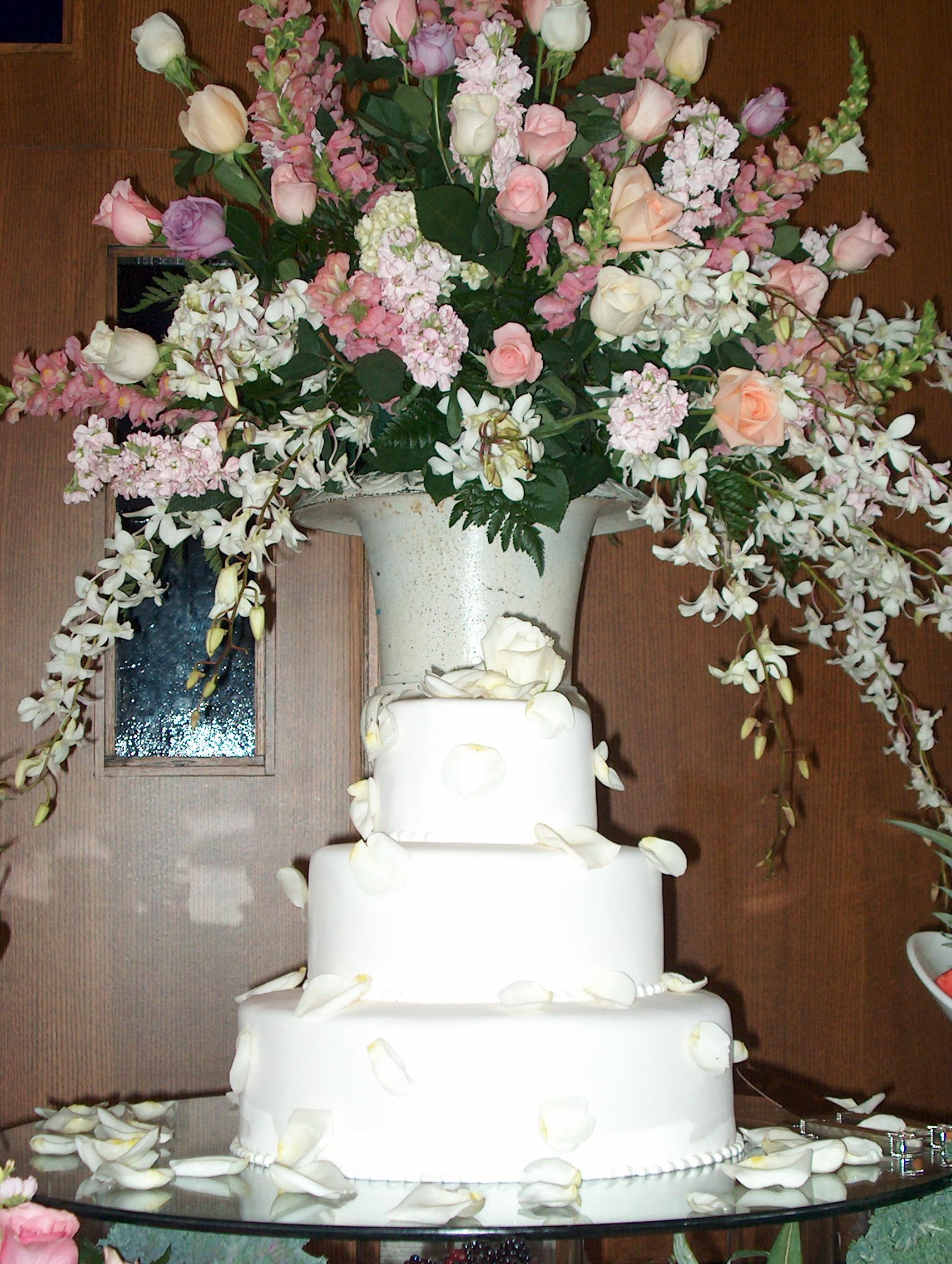 Wedding Cakes - 105.jpg