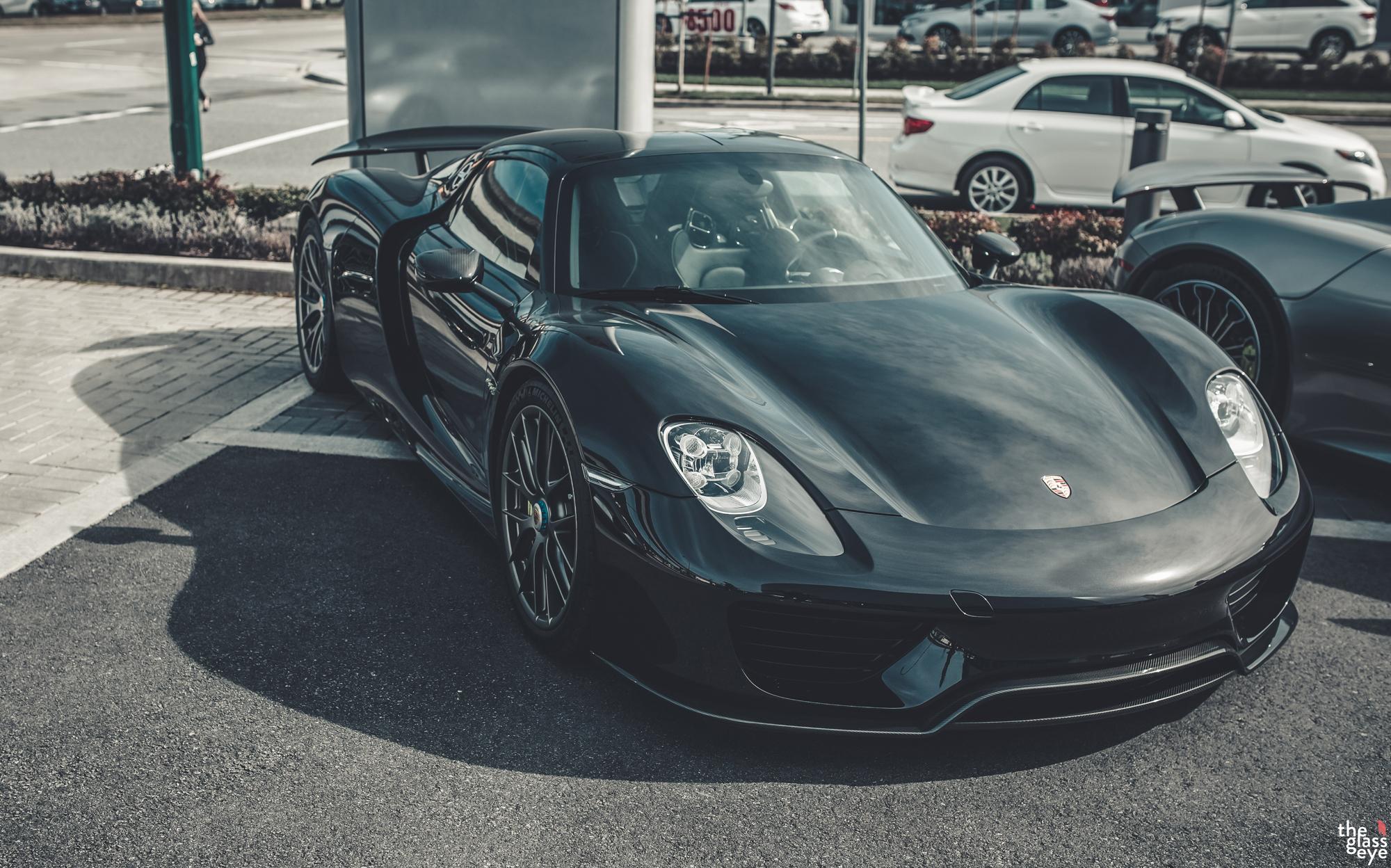 Porsche_Vancouver_918007.jpg