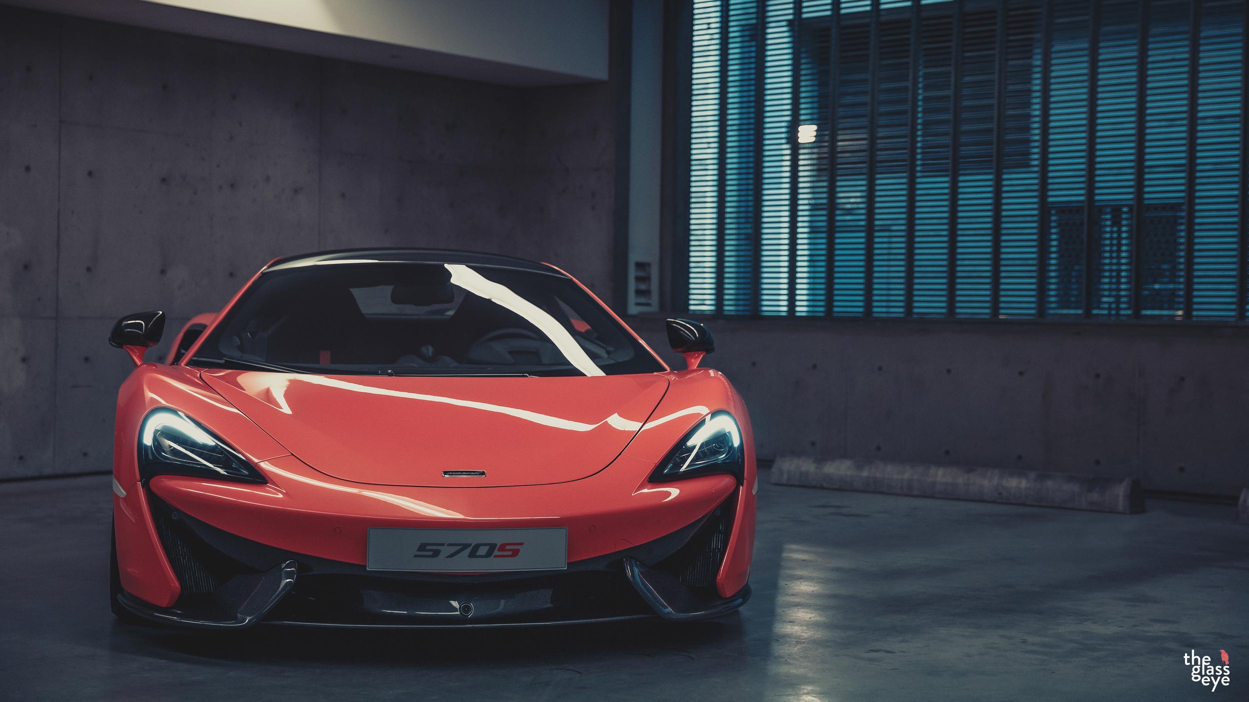 McLaren_570S_Vancouver_004.jpg