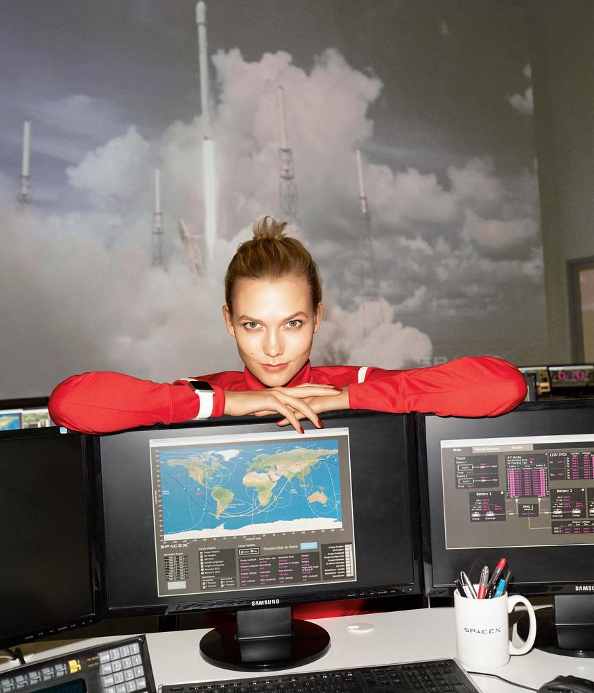 Karlie-Kloss-SpaceX-WSJ-6.jpg