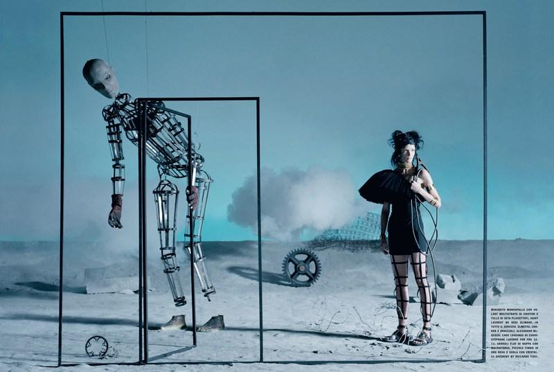'Like a Warrior' Mariacarla Boscono-Tim Walker-Vogue Italia-2.jpg
