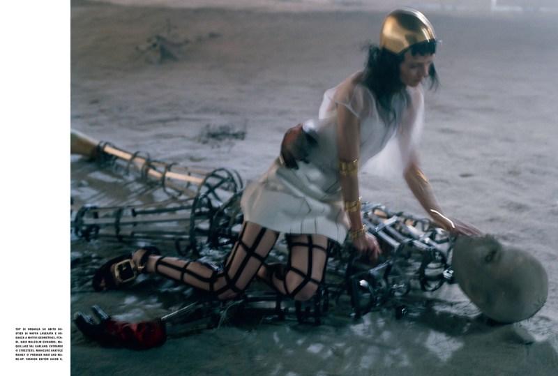 'Like a Warrior' Mariacarla Boscono-Tim Walker-Vogue Italia-4.jpg