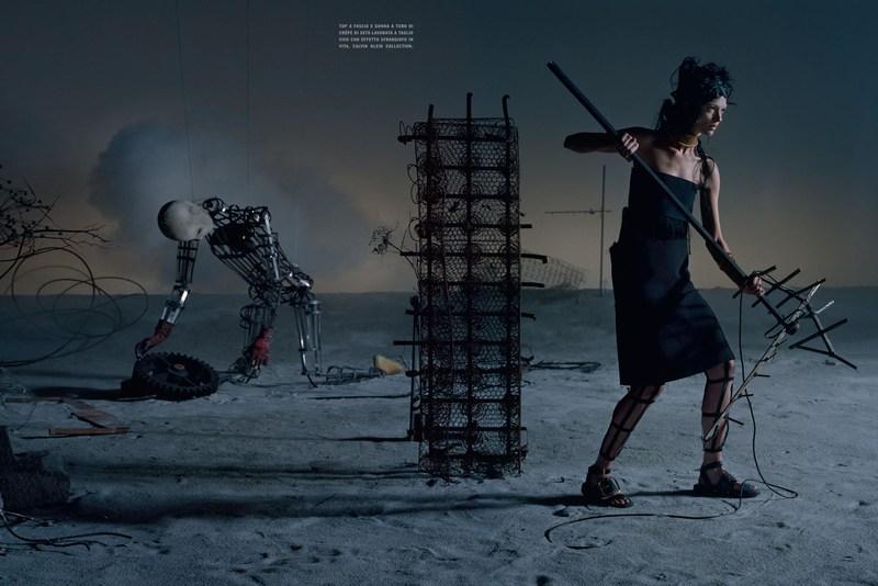 'Like a Warrior' Mariacarla Boscono-Tim Walker-Vogue Italia-8.jpg