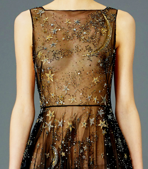 valentino-dress-detail.png