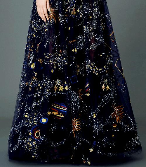 valentino-skirt-detail.png