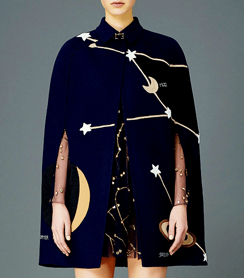 valentino-space-cape.png