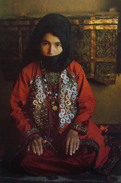 A turkmen woman of the goklan tribe in jargalan, Bojnord // Nasrollah Kasraian