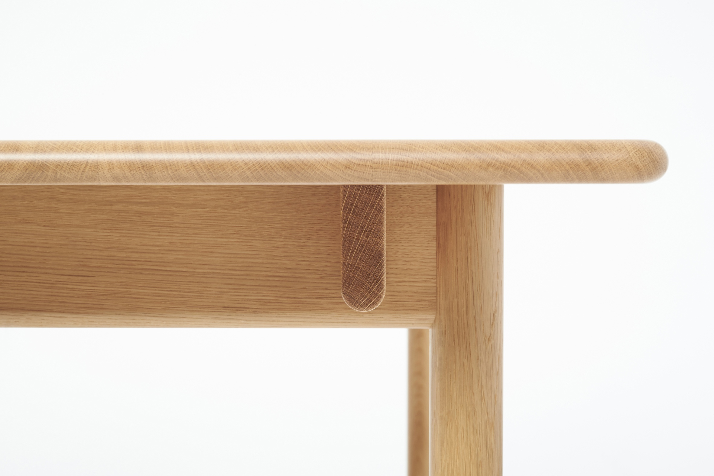 Oxbow Table Detail