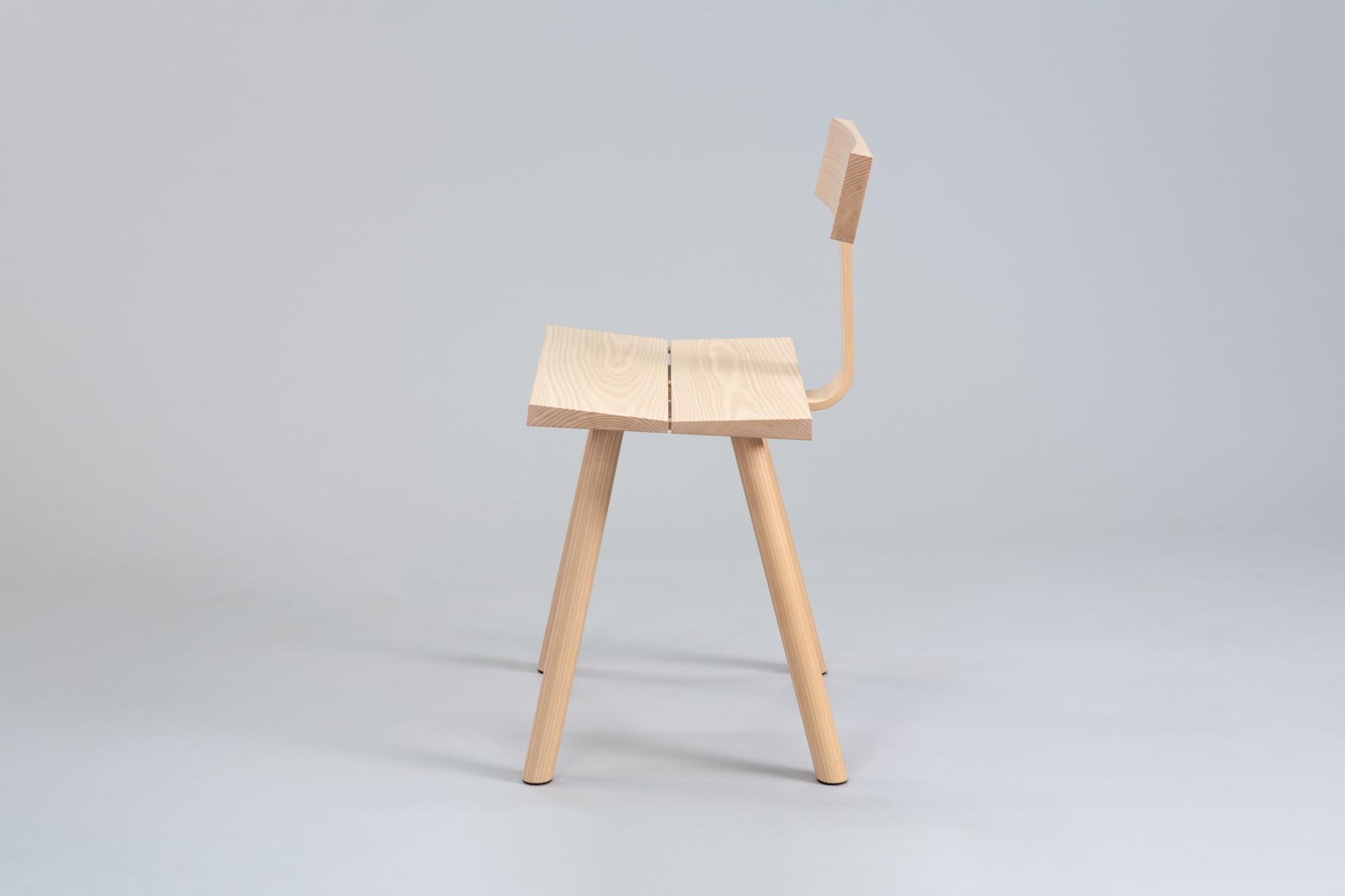 Cùram chair 3 small.jpg