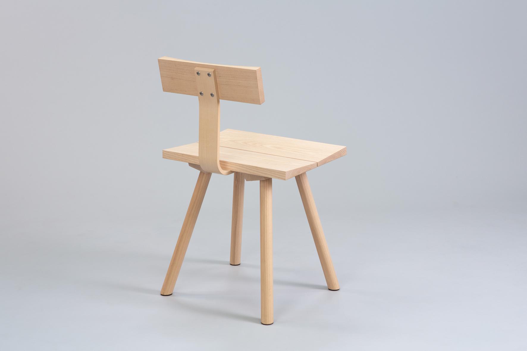 Cùram chair 5 small.jpg