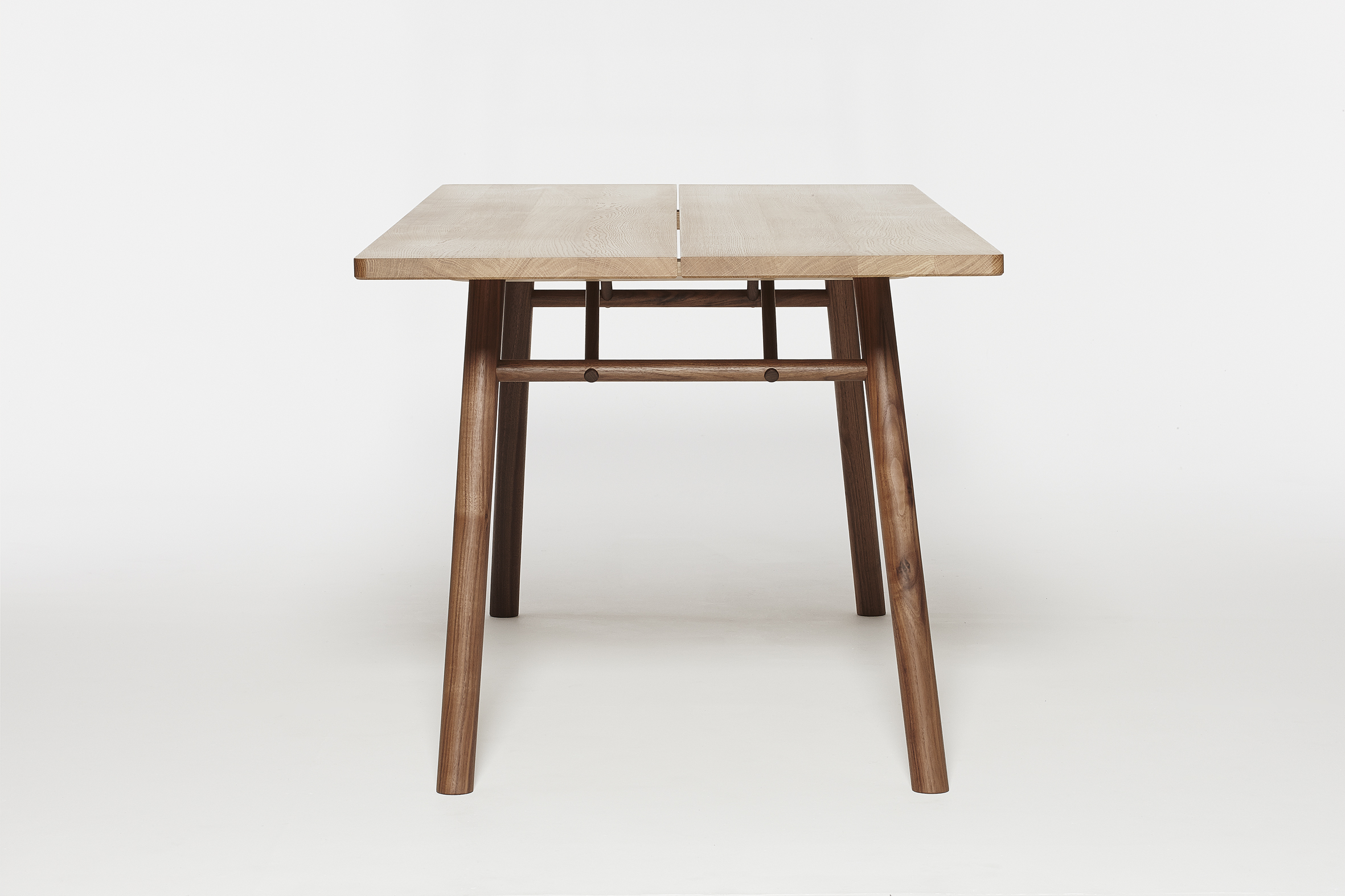 Fosse Table