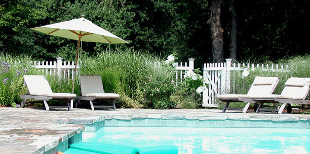 CLASSIC NEW ENGLAND GARDEN - Pool Terrace