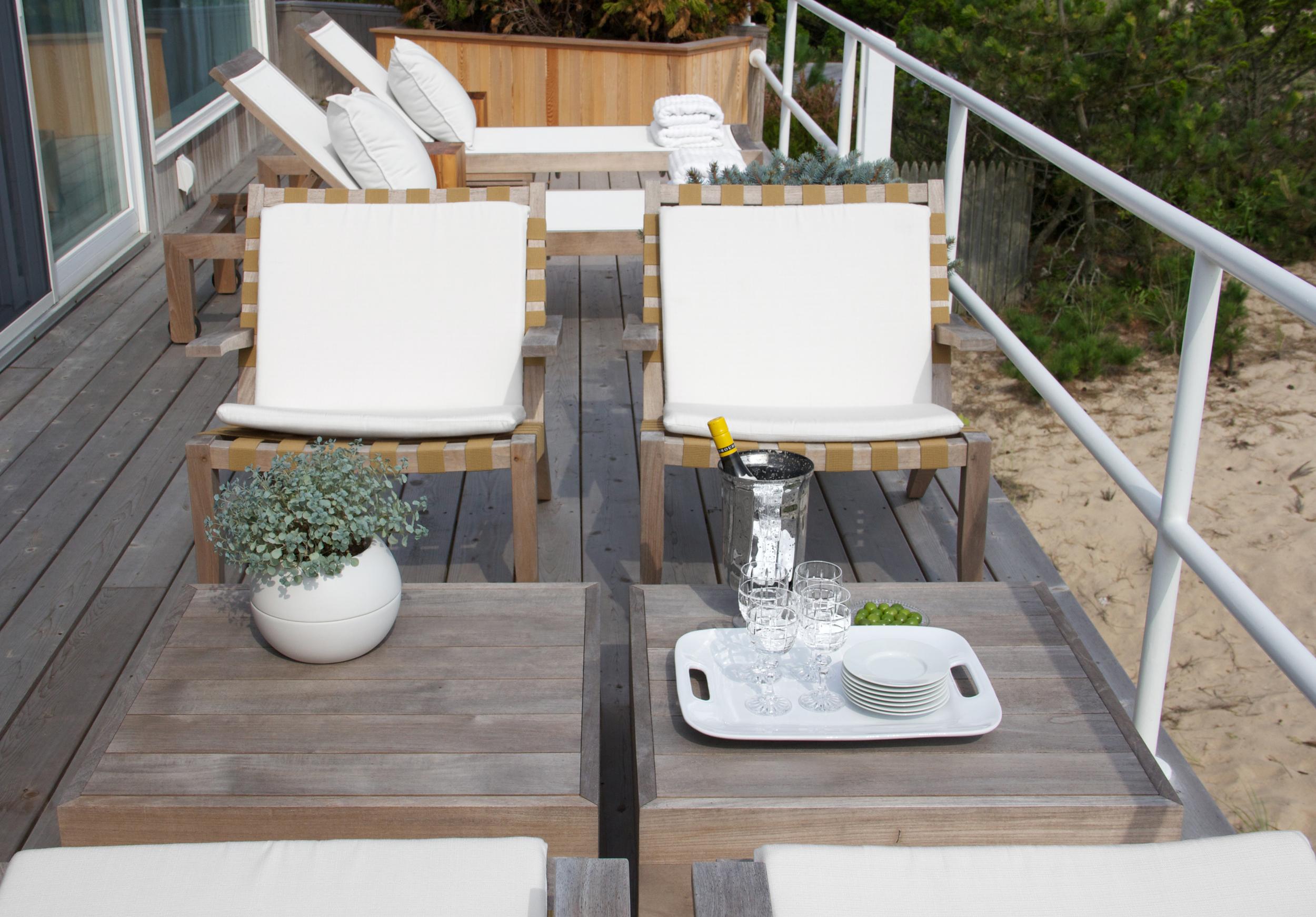 Schoeller + Darling Design - Amagansett Beach House - Beach Front Deck Lounge