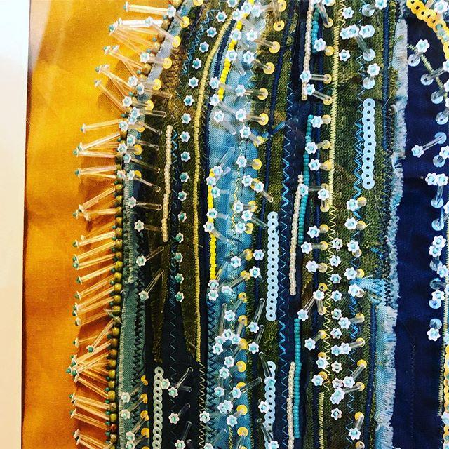 🌵 #handmade #fiberart #fineart #textiledesign #beadedembroidery #horseshoemarketdenver #madebymadsdesigns @madebymadsdesigns @horseshoemarket