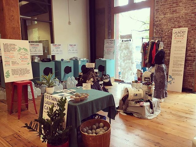 We are live at @thesustainablefashionforum 🌀🌲👗🧶🧦🌎 Follow along to see details from our Sustainable Laundry Care installation!  #spinlaundrylounge #sustainablefashion #ecofriendly #thesustainablefashionforum #portland #oregon