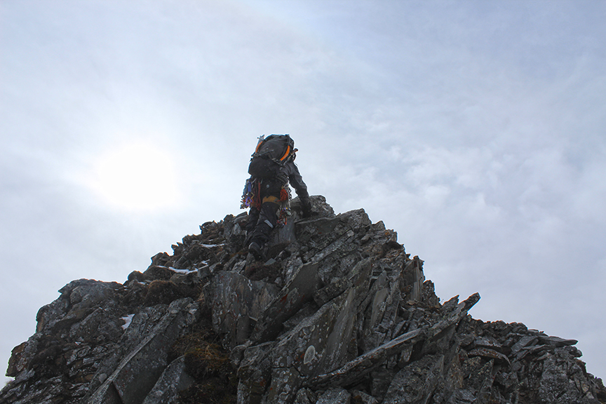 Final chossy moves to the summit.