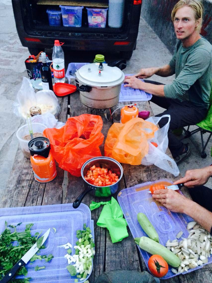 """A good solution to fighting """"Liming Stomach:"""" dirtbag dinner parties at the van."""