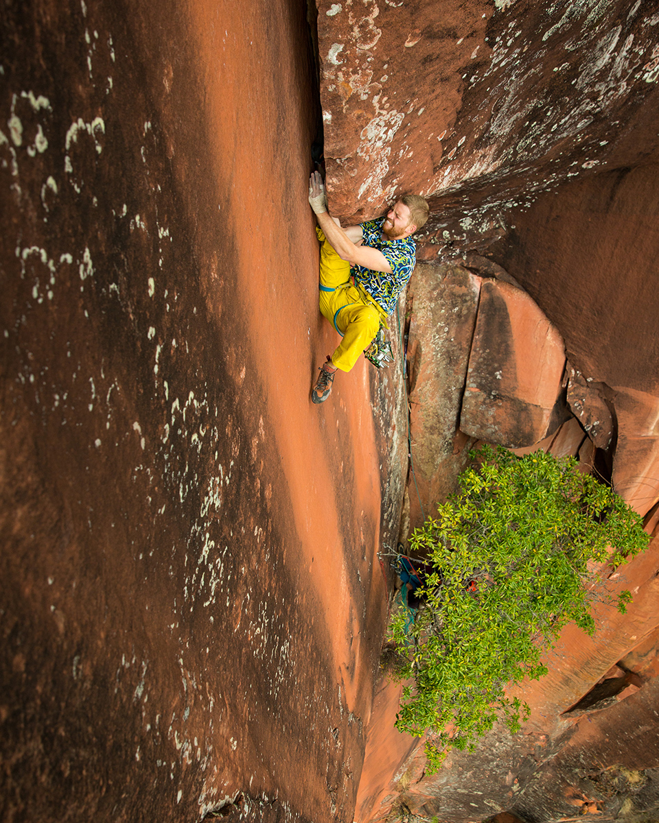 Inverting where he said he would: Danny Parker inverts mid-crux on Elephant Riders.  © Irene Yee/Lady Lockoff Photography