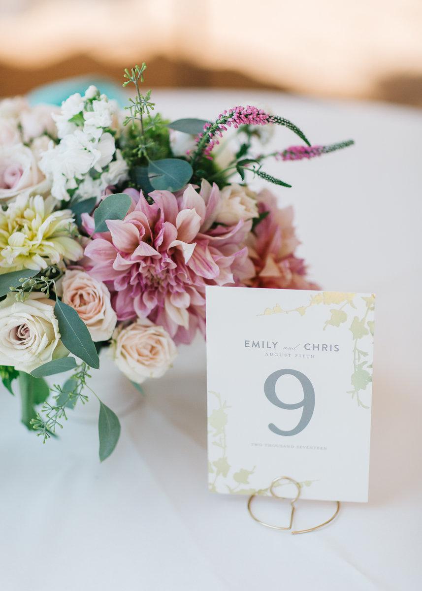 Colorado Wedding Stylist 3 Leaf Floral