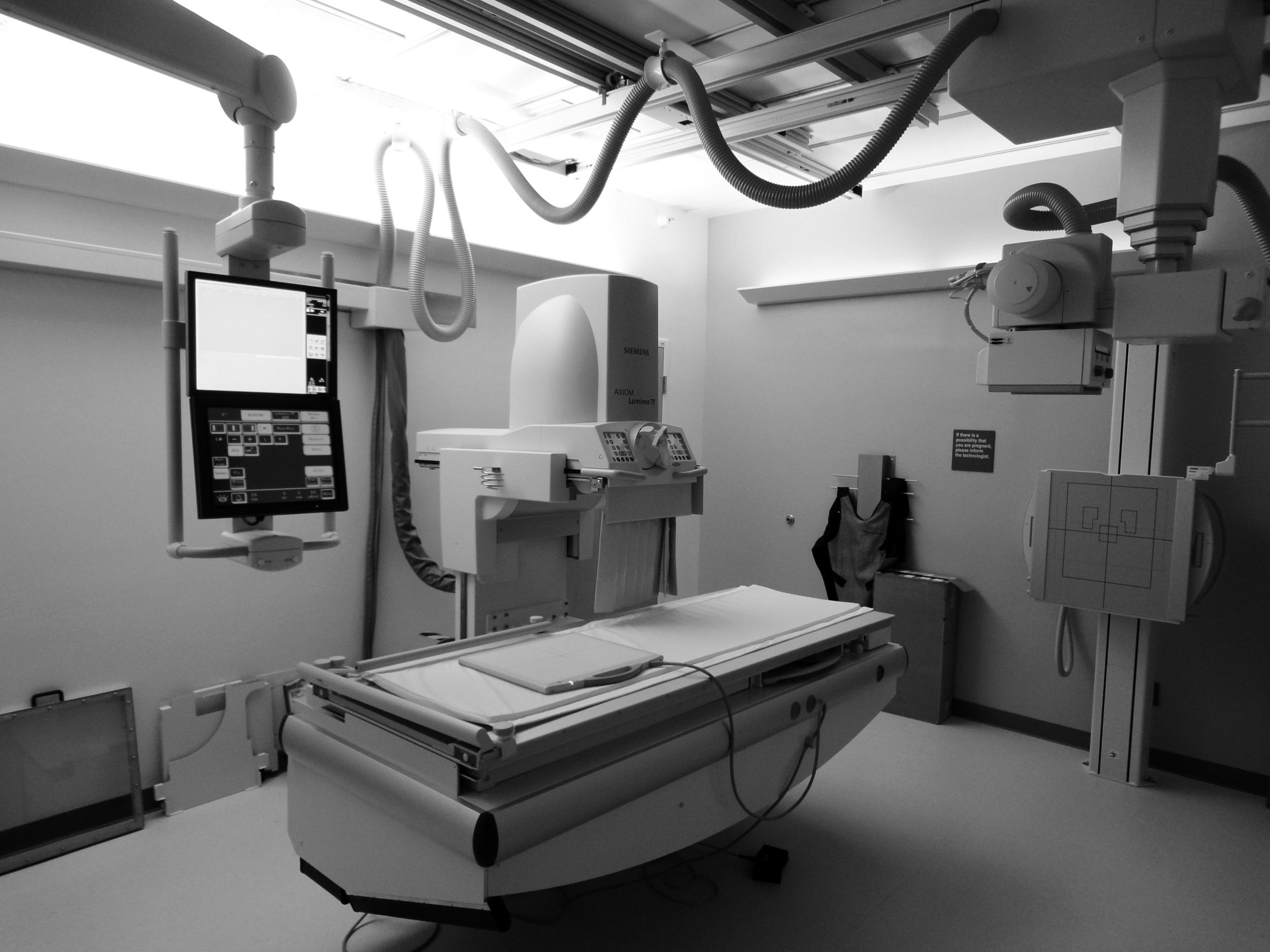 fluoroscopy01.jpg