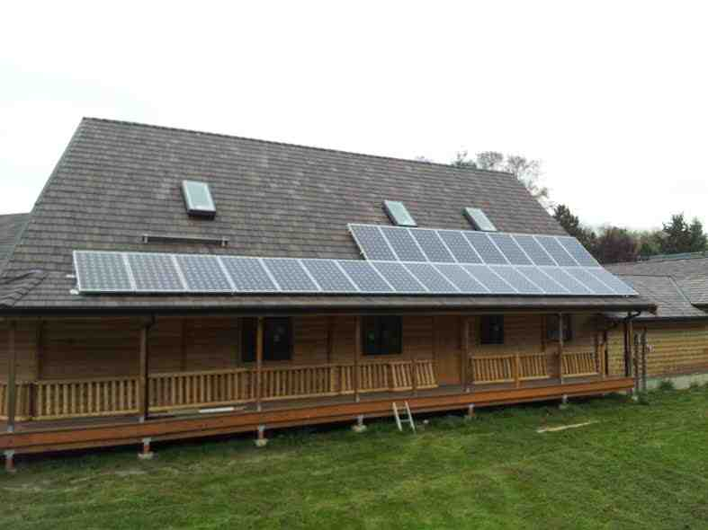 LM-Arlington (home was destroyed in Oso landslide, 2014)    6.1 kW / 25 - Itek 240w Modules / Blue Frog APS Microinverters