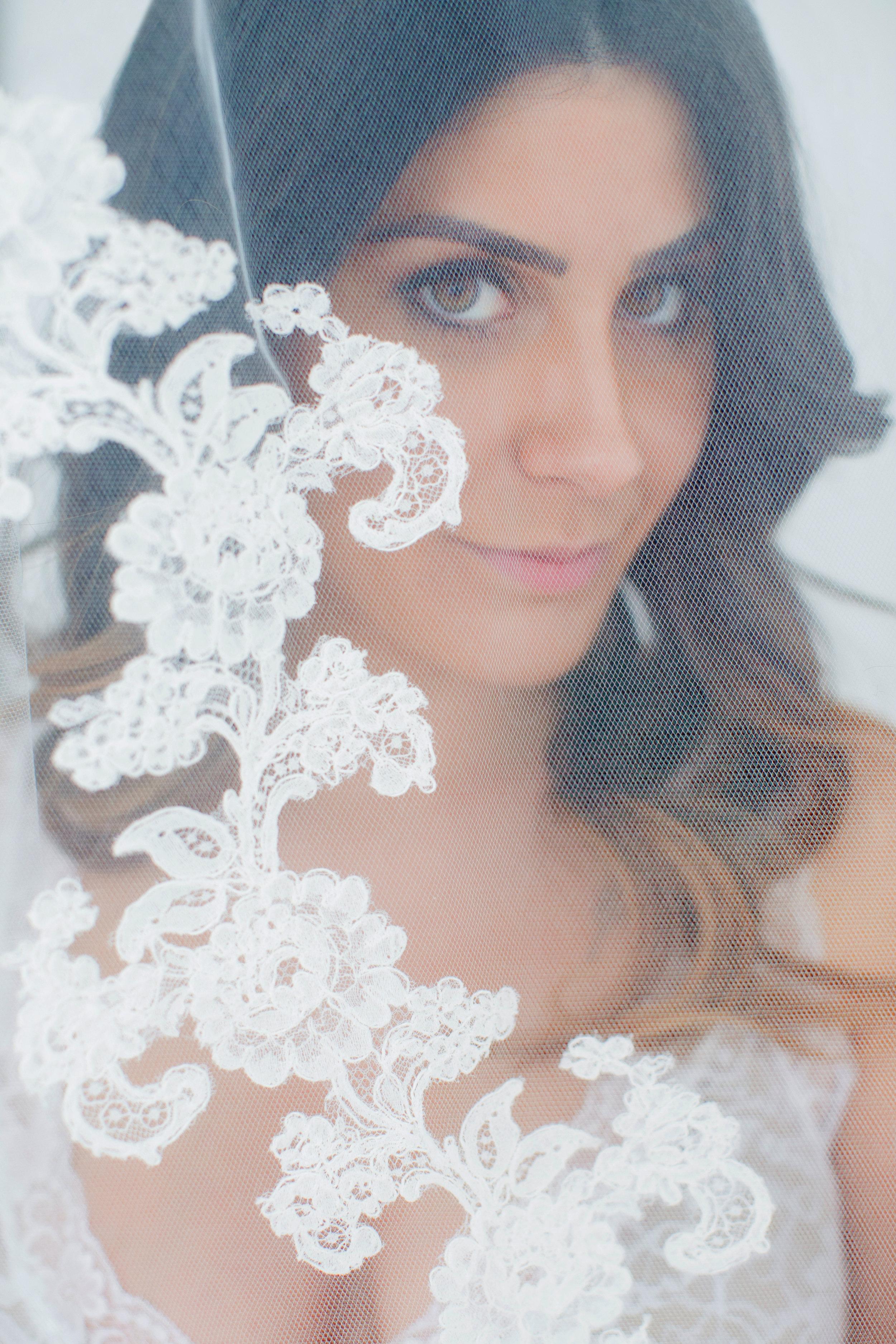VEIL: LOVELY BRIDE