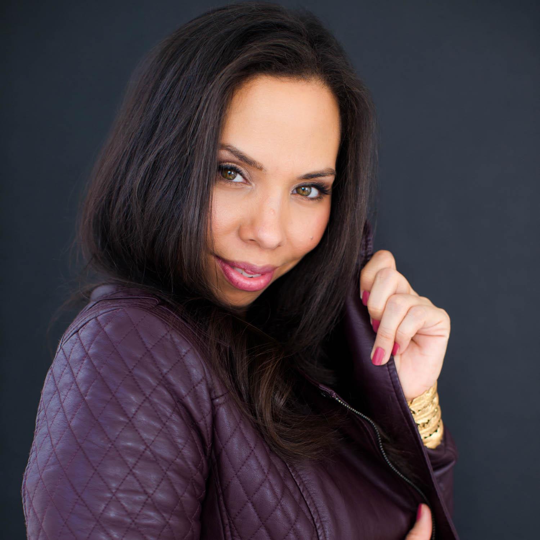 Jenny Thomas | Age 42 | Profession: Motivational Mentor