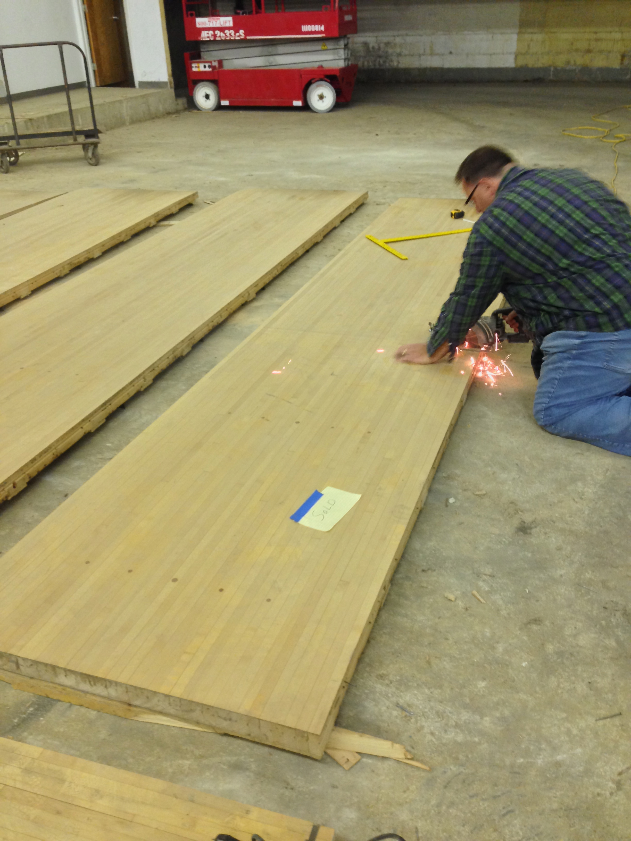 """After searching on Craigslist I managed to score an entire 16' length of rock maple previously used as a bowling lane. This wood is 2.5"""" thick and weighed over 700lbs. Can you say """"ultimate workbench!?"""""""