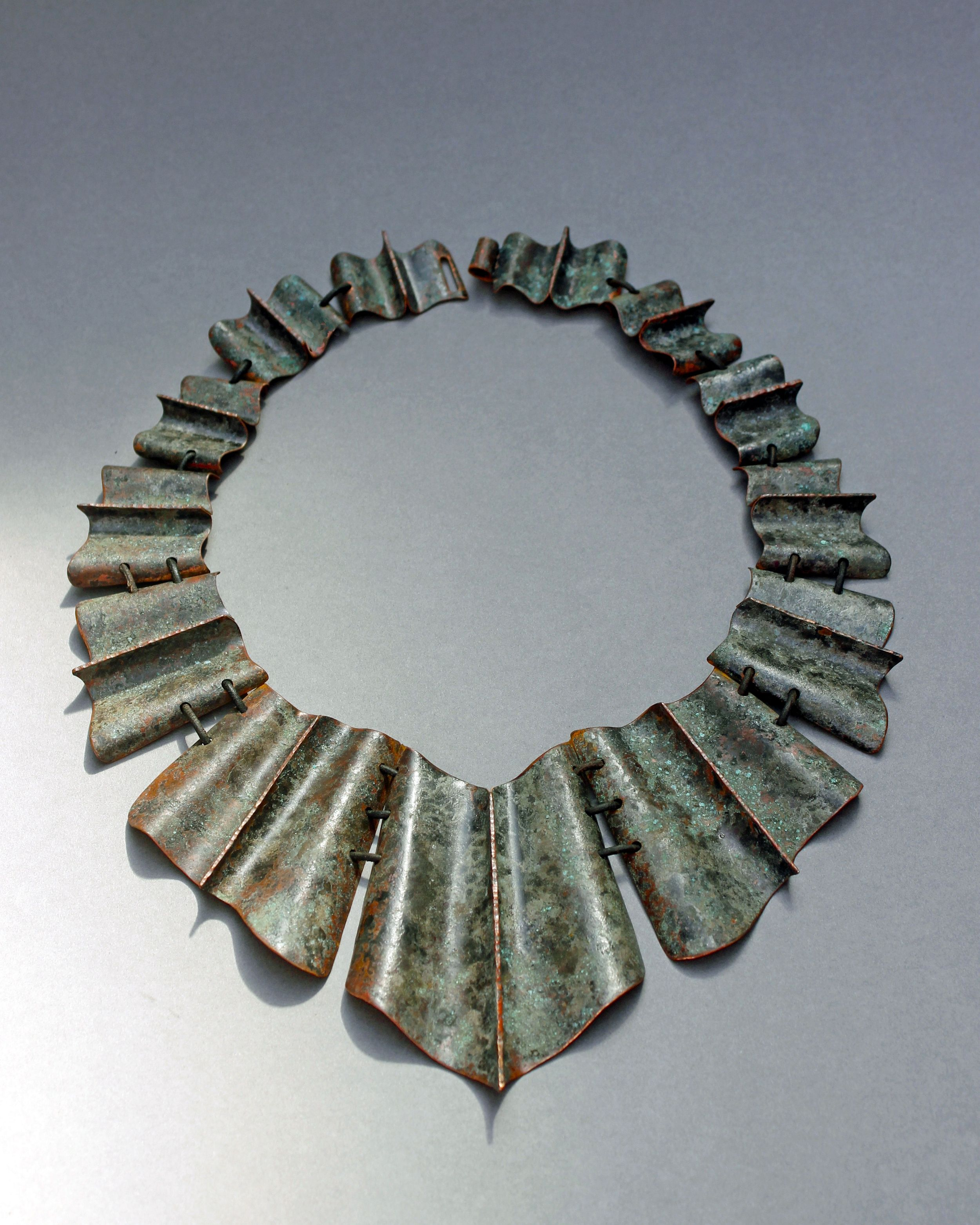 Fluted Necklace