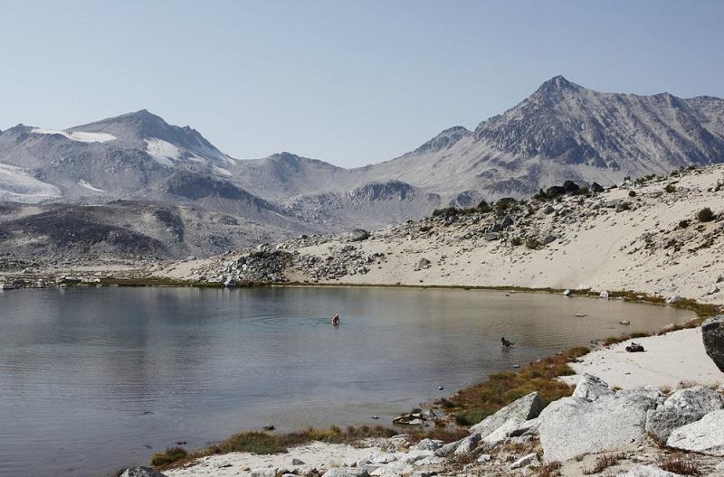 Mountain lake, guiding hiking.jpg