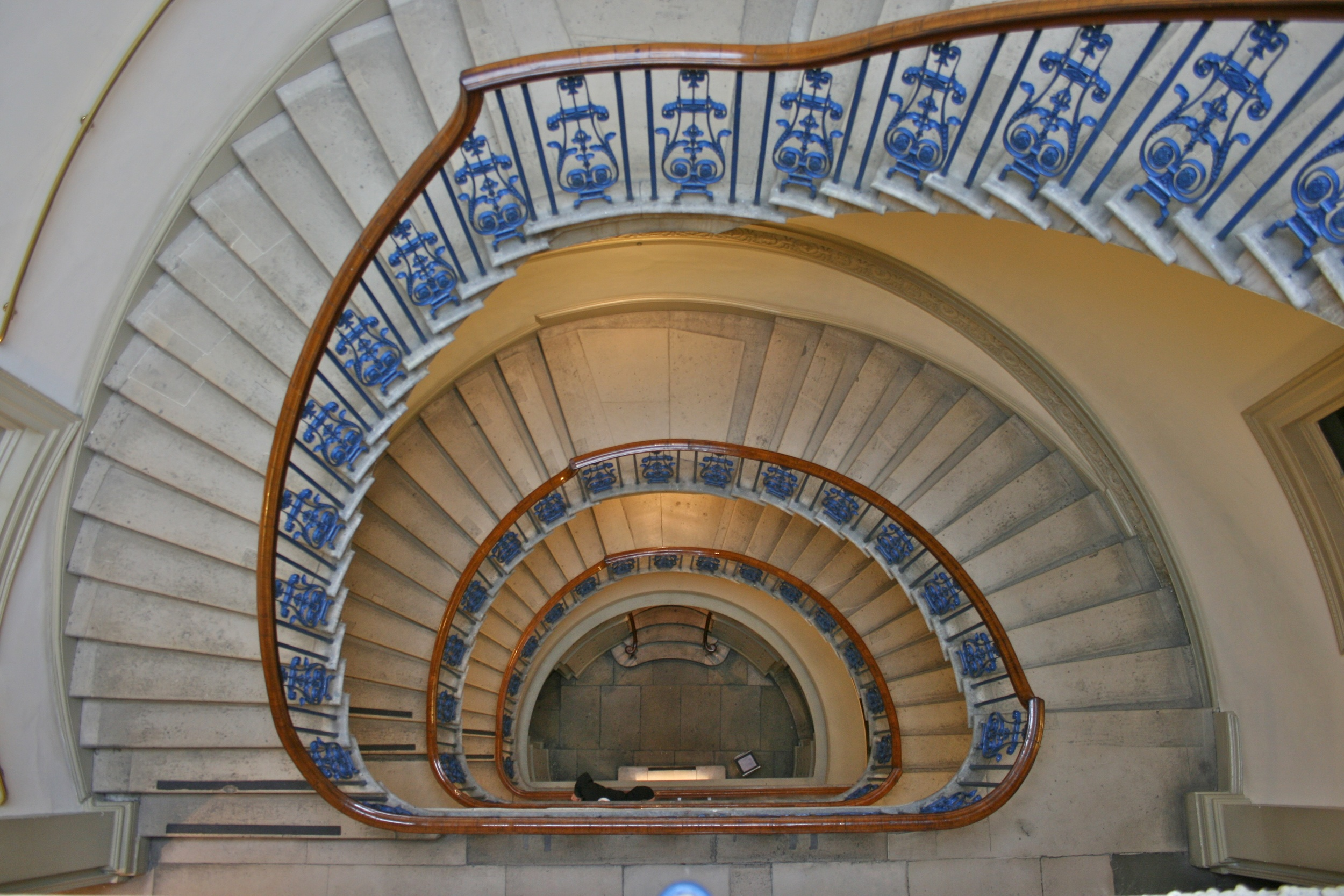 Courtauld_Gallery,_Staircase.jpg