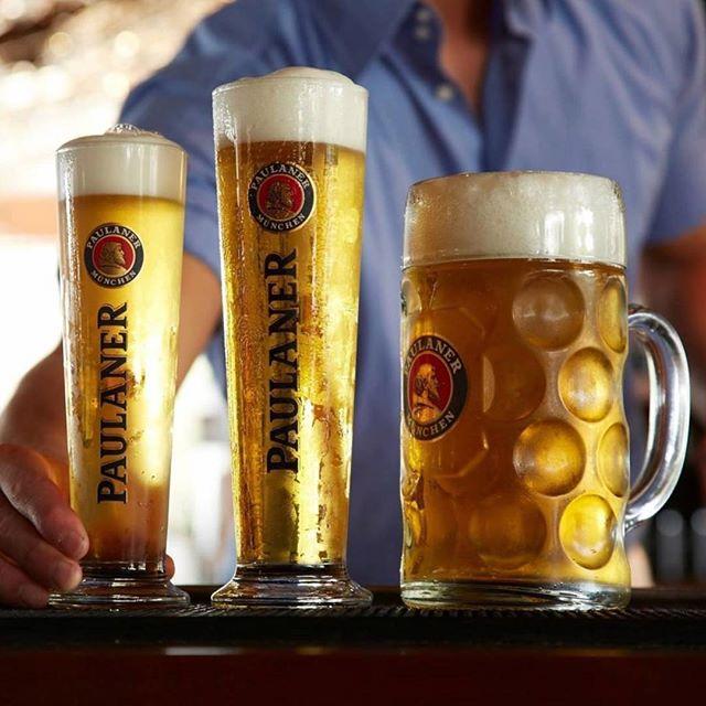 300mL, 500mL or 1L - which do you go for at The Bavarian? 🍺😍 . . #germanfood #oktoberfest #oktoberfest2018 #pork #porkknuckle #sausages #beer #bier #bavaria #thebavarian #bavarian #munich #dirndl #lederhosen #oktoberfestinthegardens #pretzel #germanpretzel #munichlager #lowenbrau #spaten #germany #franziskaner #schnitzel #porkbelly #octoberwest #munichbrauhaus #therocks #circularquay #southwharf #southbank