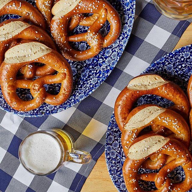 Father's Day = FREE PRETZELS AND BEER! 🍺🥨 QLD: FREE pretzel for Dad on arrival! 🥨  NSW & VIC: FREE 300mL bier for Dad on arrival! 🍺  Sunday September 2nd.  Book now!  Call our National Reservations Team on (02) 9259 5600 or head to:  http://www.thebavarians.com/the-bavarian/booking . . #germanfood #oktoberfest #oktoberfest2018 #pork #porkknuckle #sausages #beer #bier #bavaria #thebavarian #bavarian #munich #dirndl #lederhosen #oktoberfestinthegardens #pretzel #germanpretzel #munichlager #lowenbrau #spaten #germany #franziskaner #schnitzel #porkbelly #munichbrauhaus #therocks #circularquay #southwharf #southbank #fathersday