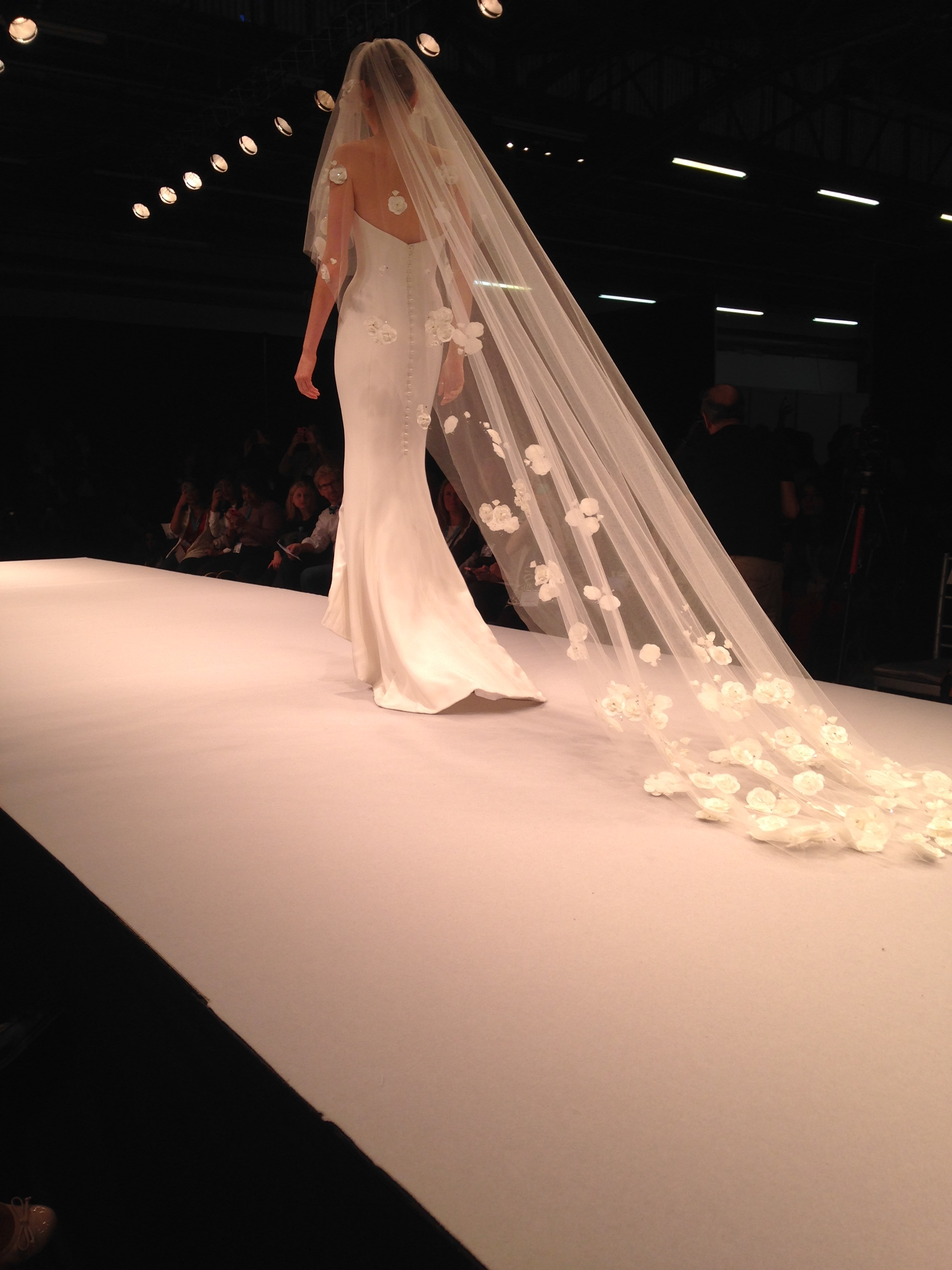 Elen Henderson's Garden Veil paired with a stunning gown from  Sassi Holford  recently wowed the crowd at the  New York International Bridal Week  Fashion Show