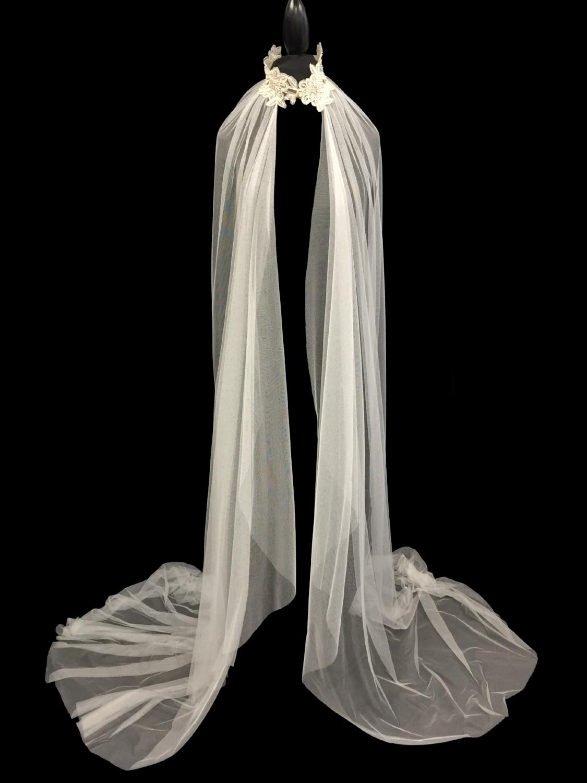 V5679-DI _ 96x120 Shawl Lace Veil