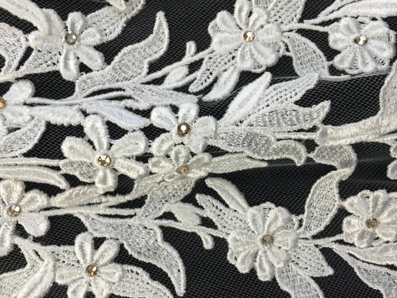 Style V5674-D Detail