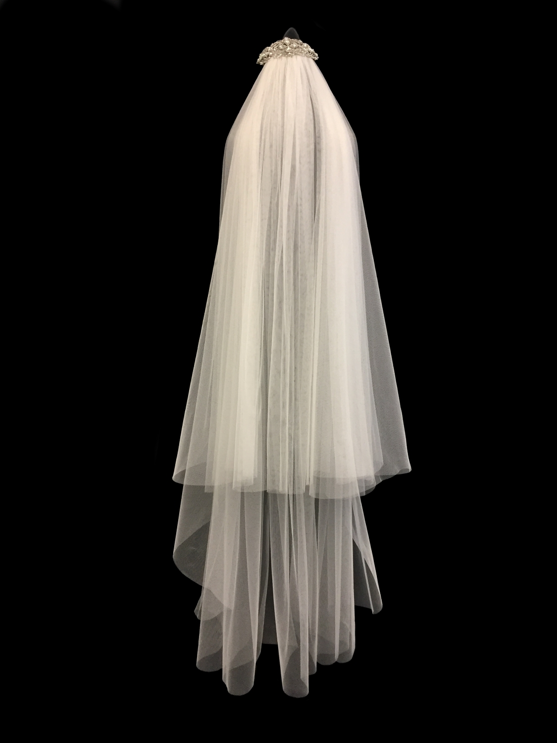 Style V5717-DI __ 42-60x120 Circle 2-Tier Faux Silk Veil