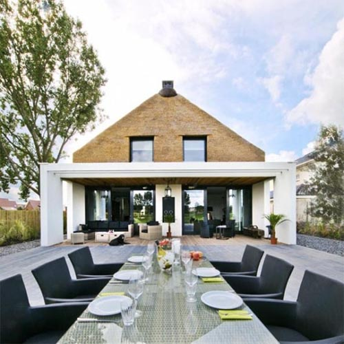 Modern-outdoor-dining-room.jpeg
