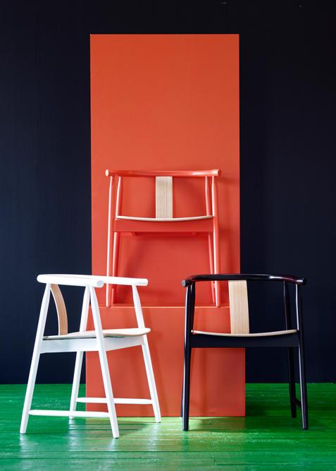 3233a21c-5fc5-44f1-8d1e-1da750935579_wishbone-chairs-against-red.jpg