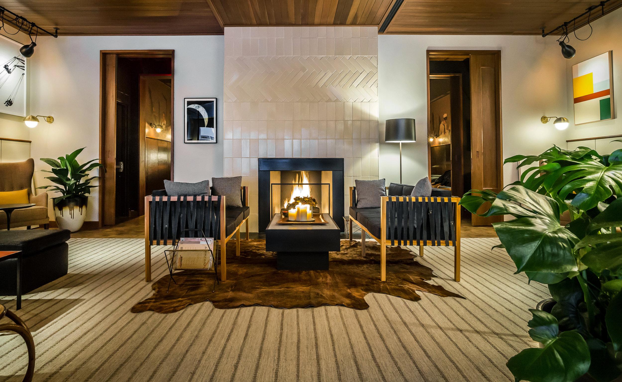 nrm_1418770875-01-tnc-best-restaurant-fireplaces-the-smyth-noah-fecks.jpg