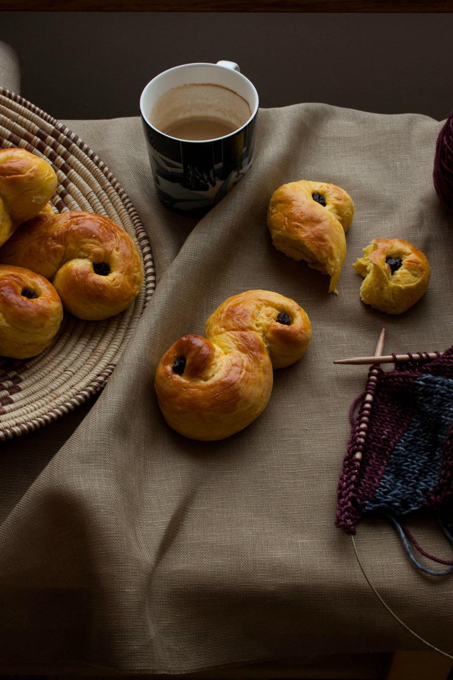 Swedish Saffron Buns :: my blue&white kitchen