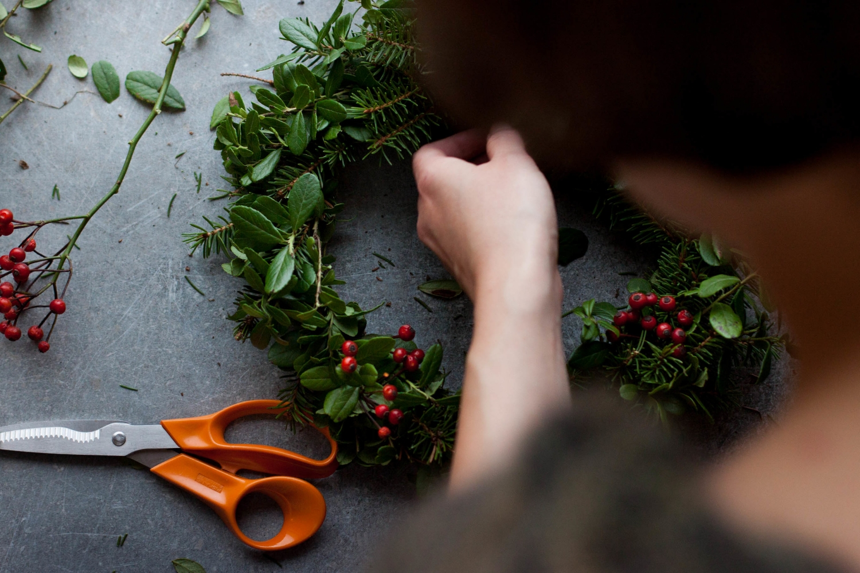 Wreath Making | My Blue&White Kitchen