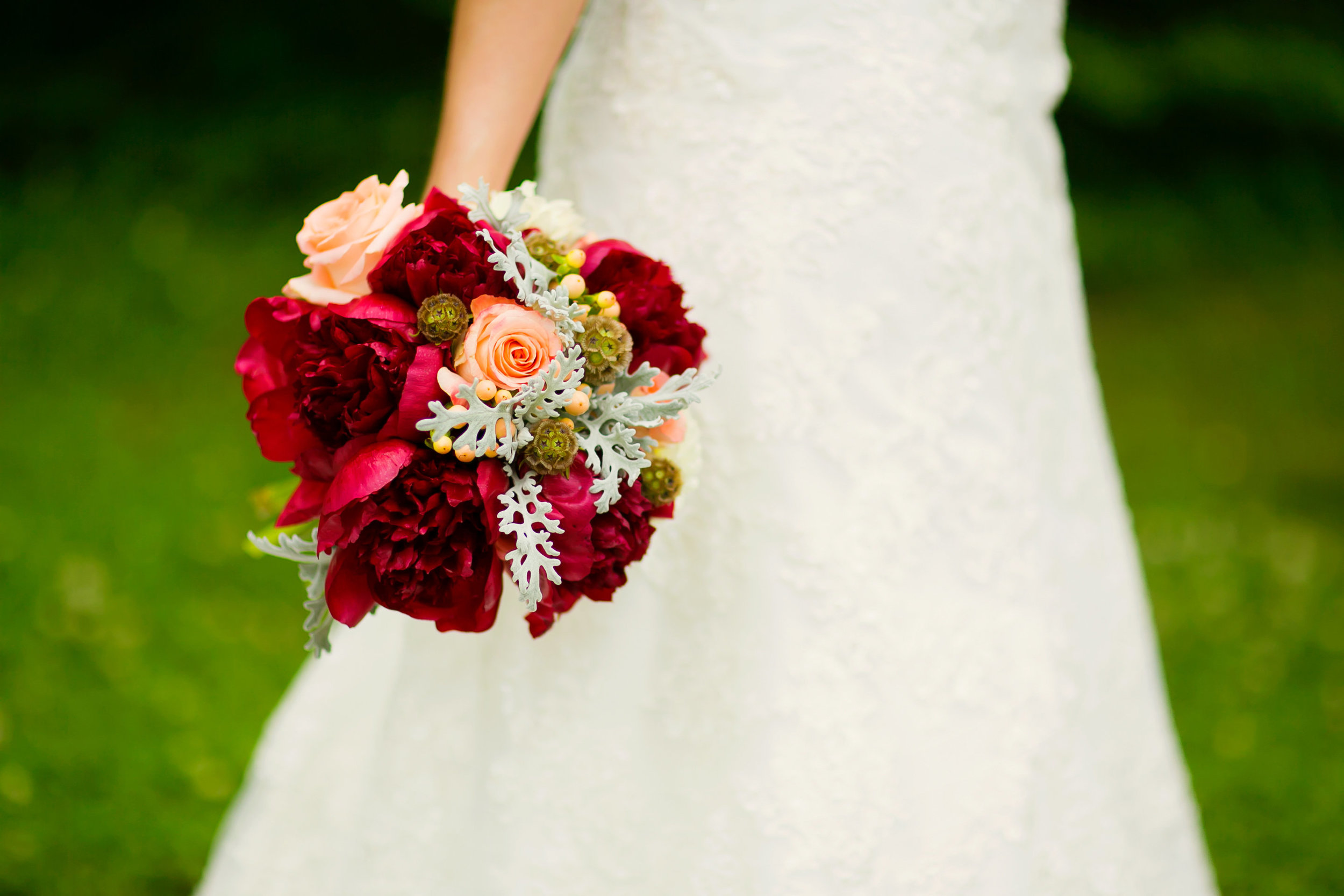 Nashville Wedding // Flowers by Rosemary & Finch // Photo by Sara Renee