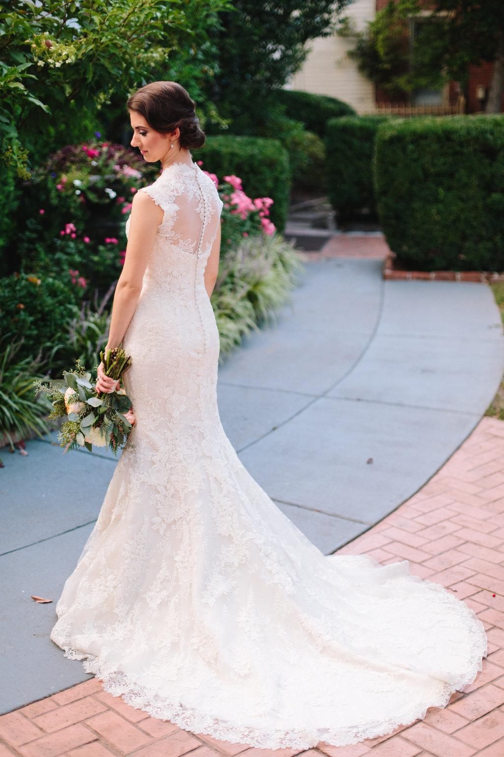 Bridal Portrait // Nashville Wedding Flowers